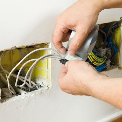 riparazione-impianto-elettrici-civile-preventivo-costi